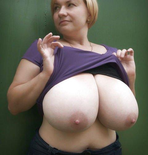 Reife fette russische Frau